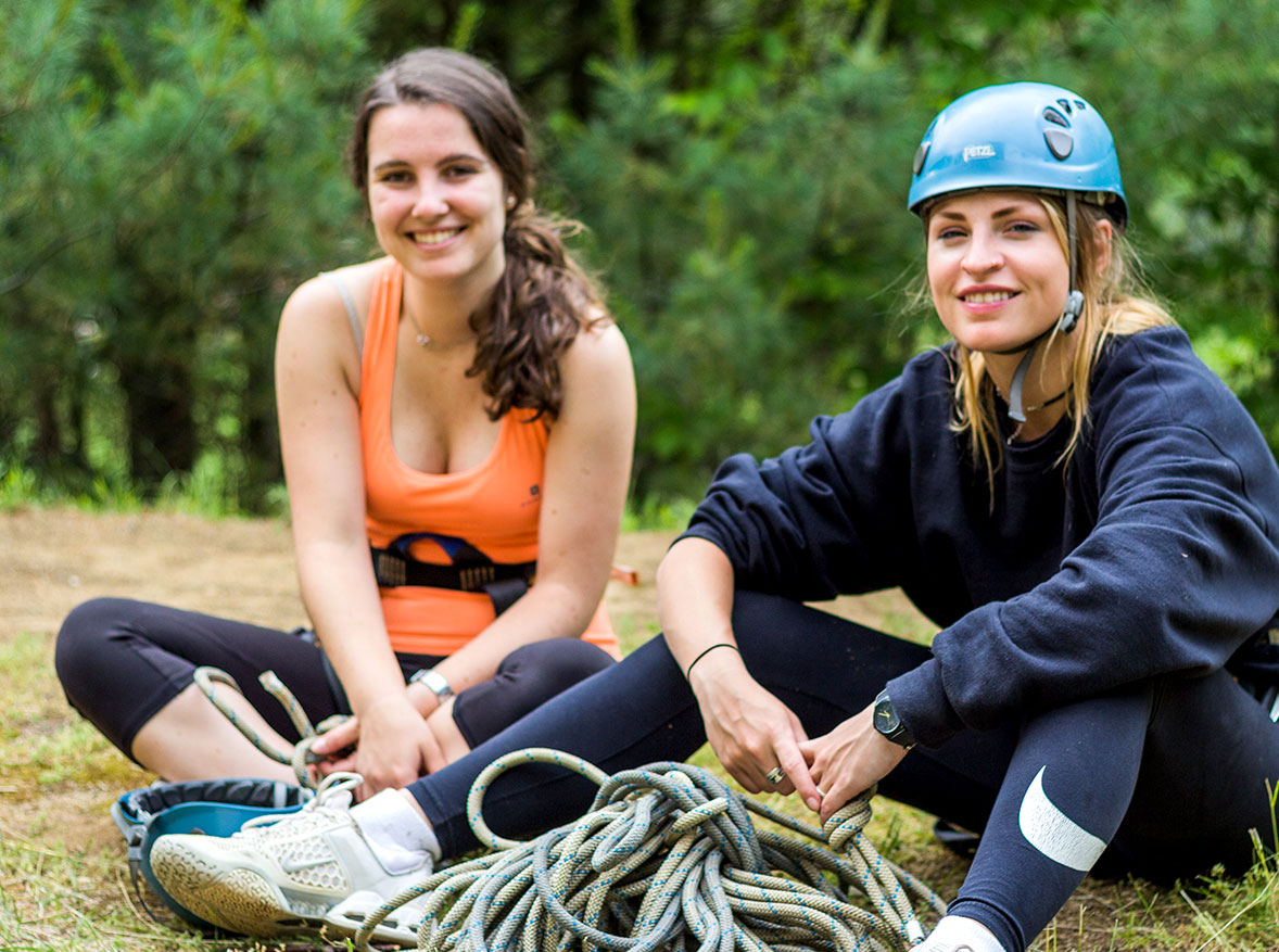 Ropes and adventure staff positions at summer camp
